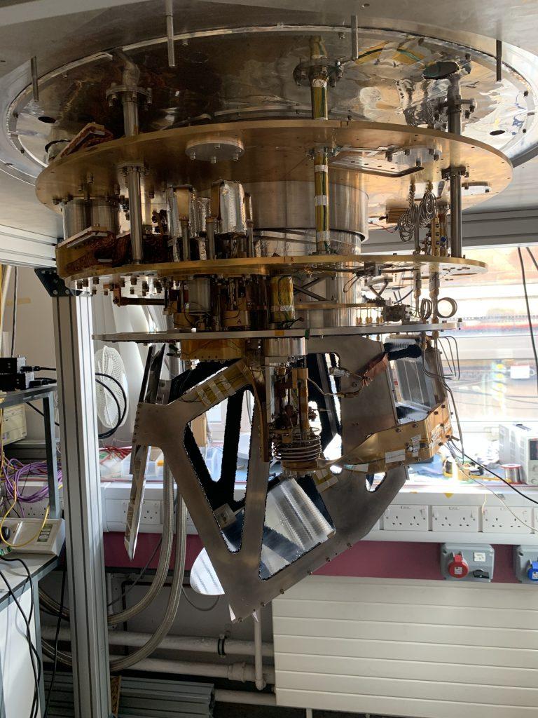 MUSCAT Cryostat